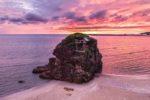 Inasa beach : Torii island